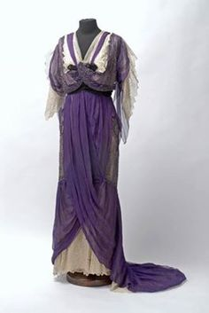 Evening gown, Vienna, ca. 1905 Museum of Applied Arts