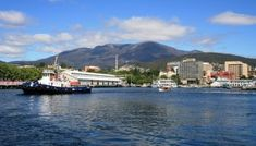 Hobart Australia City Guide: Things to do in Hobart Tasmania Hobart Australia, Queensland Australia, Western Australia, Nature Photography Tips, Ocean Photography, Hobart City, Salamanca Market, Derwent Valley, Weekend City Breaks