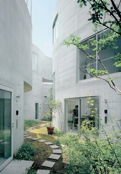 mvdoblog:  Okurayama apartments Image courtesy:El croquis