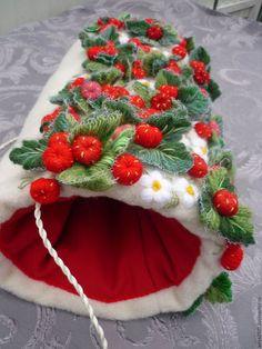 Купить или заказать Муфта ручная вышивка в интернет-магазине на Ярмарке Мастеров. ручная работа…
