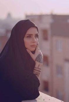 Beautiful Muslim Women, Beautiful Girl Image, Beautiful Hijab, Hijabi Girl, Girl Hijab, Modesty Fashion, Hijab Fashion, Girl Fashion, Inktober