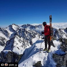 Krásny výhľad ešte krajší záber  #praveslovenske od @piotr_g  #slovensko #tatry #mountains #winter #landscape #nature #slovakia #tatramountains #peaks #peak #snow #hills #rocks #hiking #clouds #inversion