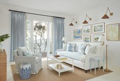 House Tour: Easy Elegance with Kara Miller - Design Chic Design Chic