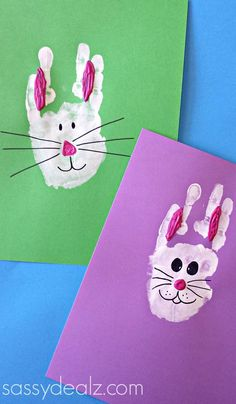 How sweet are these handprint crafts for kids? Make little bunnies for Easter!