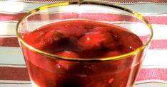 Anna Hilda on antanut maissikiiselille täyden kympin. Ja onhan tämä vanhanajan jacky-makupala hyvää. Marjahillon sijasta kerrosjälki... Alcoholic Drinks, Anna, Vegetables, Rose, Glass, Pink, Drinkware, Corning Glass, Liquor Drinks