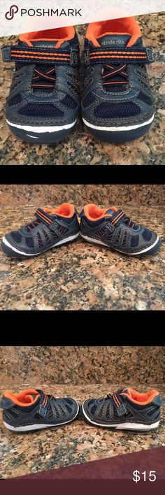 Stride Rite SRT SM Chip Sneaker Size 3W These are my absolute favorite shoes for beginning walkers. They are gently used but super clean and come from a pet free/smoke free home. Stride Rite Shoes Baby & Walker