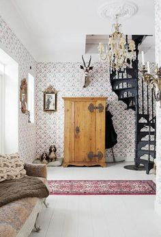 37 Fascinating Small Living Rooms with Spiral Staircase