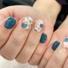 Spring Fever Nails - 50 Super Cute Spring Nails Do you have Spring Fever? You should because today is the first day of Spring! This is why we found 50 of the cutest Spring Nails for you to enjoy with us. Cute Spring Nails, Spring Nail Art, Nail Designs Spring, Summer Gel Nails, Gel Nail Art Designs, Flower Nail Designs, Nails Design, Cute Short Nails, Short Nails Art