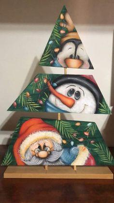 Santa Crafts, Christmas Wood Crafts, Handmade Christmas Decorations, Christmas Art, Christmas Projects, Holiday Crafts, Christmas Scenes, Christmas Baubles, Natal Country