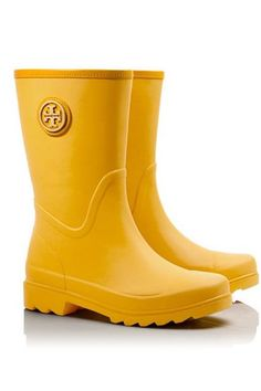 7277f79c1678 31 Stylish Rain Boots You ll Want To Wear Rain or Shine  refinery29 http