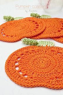 Crochet Coaster Pattern, Crochet Motifs, Thread Crochet, Crochet Hooks, Crochet Fall Coasters, Crochet Fall Decor, Autumn Crochet, Doilies Crochet, Crochet Pour Halloween