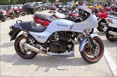 "ROAD RIDER:  ""2014 Street motorcycle in Japan-Kawasaki GPz1100"""