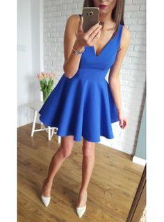 Sukienka z koła z dłuższym tyłem kobaltowy
