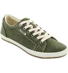 270a93bce The Taos Footwear Women s Star Shoes are comfortable and stylish for all  occasions. Get the Taos Footwear Women s Star Shoe today.