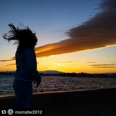 S'acaba un cap de setmana entramuntanat #aRoses. Gràcies @momafer2012 per compartir aquesta imatge amb #VisitRoses ・・・ Volar, no volava, pero quasi se l'emporta la tramuntana.  #tramuntana #visitroses #aroses #descobreixcatalunya #catalunyatestimo #catalunyaexperience #gaudeix_cat #paisatgesdecatalunya #poblescatalans #elmeupetit_pais #fotosdesomni #loves_catalunya #total_shot #todoclick #amazing_click #imatgescat #great_capture #instalife_shot #cosa_nova_bcn #ke_pictures