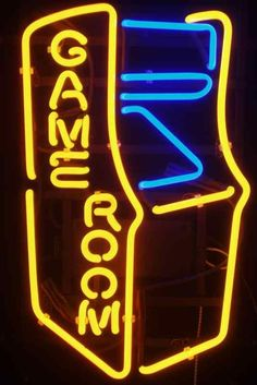 20 Cool Neon Signs For Your Home. Arcade Games Are Paired With Craft Beers And Cocktails At . Video Game Bedroom, Video Game Rooms, Video Game Decor, Game Room Lighting, Neon Lighting, Arcade Game Room, Arcade Games, Set Up Gamer, Deco Gamer