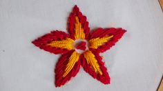 Hand Embroidery: Long and Short Separate Chain Stitch Hand Embroidery Work Designs, Basic Embroidery Stitches, Hand Embroidery Videos, Hand Embroidery Flowers, Embroidery Hoop Art, Ribbon Embroidery, Embroidery Patterns, Simple Embroidery, Lazy Daisy Stitch