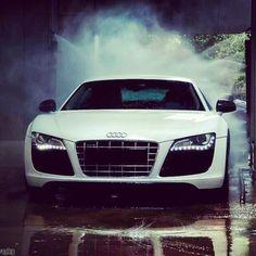 """""""At the car wash baby!"""" Audi R8"""