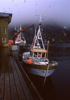 Unloading fishing vessels, Norway