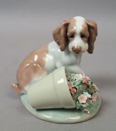 Estate Found 1998 LLadro Porcelain It Wasn't Me Figurine MIB Retired 07672. This is a wonderful estate found Lladro porcelain figurine designed by sculptor Antonio Ramos.