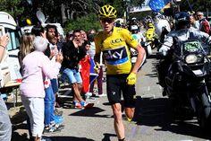 O britânico Chris Froome (Sky) confessou que sentiu que tinha de continuar, com ou sem a bicicleta, depois do incidente com a moto da organização que marcou o final da 12.ª etapa da Volta a França.