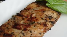 Red Wine Vinegar Chicken Marinade-made this last night, turned out great! Chicken Marinade Recipes, Chicken Marinades, Chicken Meals, Vinegar Chicken, Rosemary Chicken, Cooking Recipes, Healthy Recipes, Grilling Recipes, Delicious Recipes