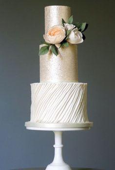 Follow us @SIGNATUREBRIDE on Twitter and on FACEBOOK @ SIGNATURE BRIDE MAGAZINE #Modernweddingcakes #weddingcakes