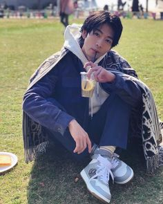 Japanese Men, Rain Jacket, Windbreaker, Actors, Boys, Model, Dramas, Free, Instagram