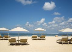 Mulia 有一公里長的白沙灘