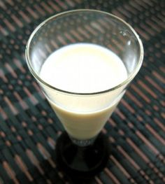 French Toast – Mix That Drink  The French Toast drink recipe really does taste pretty much like its namesake. It's a sweet little cocktail, perfect as a shot or a longer drink. It's really not very good as a breakfast replacement, just in case you were wondering. It's fabulous as a dessert replacement, however. It's also enjoyable as a nightcap, or any time you want a sweet little treat that's got a kick. If you're a B52 fan... #bailey's ...