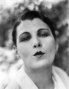 Leatrice Joy--the original duck, kissy face, LOL?