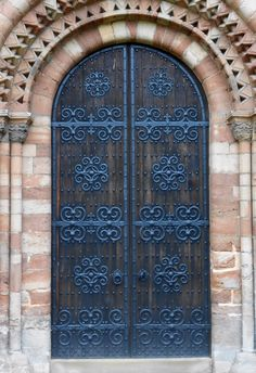 Door to the Ledbury Cathedral