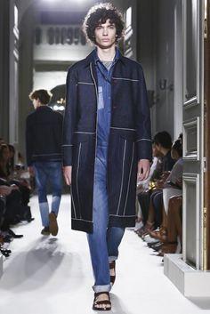 Valentino-Spring-Summer-2016-Menswear-Collection-Paris-Fashion-Week-073