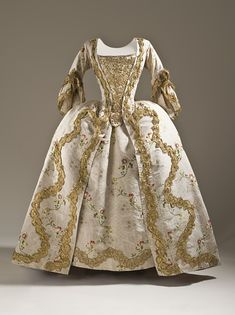 Robe à la Française, France or England ca. 1760-1765  Silk plain weave (faille) with silk and metallic-thread supplementary weft patterning, and metallic lace trim