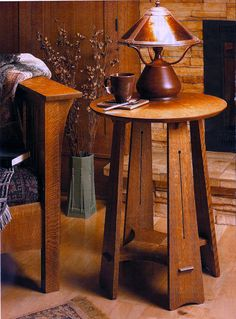 Roundtop Craftsman Table highly figured quartersawn white oak, the decorative slots in the tapered legs, or the dramatic grain patterns of the round tabletop and the cross-shaped shelf. Craftsman Style Furniture, Mission Style Furniture, Craftsman Decor, Craftsman Interior, Craftsman Style Homes, Mission Chair, Craftsman Bungalows, Arts And Crafts Interiors, Arts And Crafts Furniture