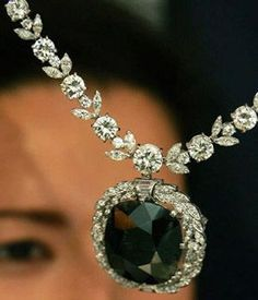 Jewelry Diamond : One of the most remarkable natural black diamonds in the world, the carat . - Buy Me Diamond Jewelry Box, Jewelry Accessories, Fine Jewelry, Jewelry Necklaces, Skull Jewelry, Jewelry Stores, Diamond Necklaces, Jewellery Shops, Hippie Jewelry