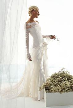 le spose di gio wedding dress  | f43_le_spose_di_gio_wedding_dress_primary.jpg