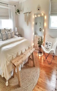 Winky Embroidered Pillow Related Elegant Bedroom Ideas Decoration - # Check more at schlafzimmer.Small Bedroom Hacks If Your Room Is The Size Of A Shoe CupboardIch bin verliebt in diese Website Teen Schlafzimmer. Room Ideas Bedroom, Small Room Bedroom, Modern Bedroom, Master Bedroom, Trendy Bedroom, Boho Teen Bedroom, Bedroom Inspo, Master Suite, Cute Teen Bedrooms