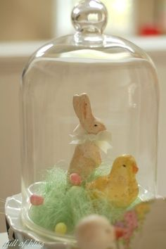 spring bunny and chick in cloche Hoppy Easter, Easter Bunny, Easter Eggs, Easter Crafts, Holiday Crafts, Easter Decor, Easter Ideas, Easter Centerpiece, The Bell Jar