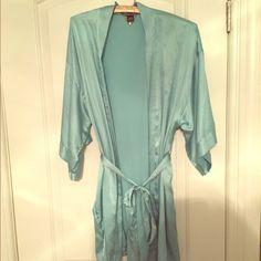Victoria Secret Seafoam Green Silk Kimono Gorgeous silk robe only wore once! Great condition! Victoria's Secret Intimates & Sleepwear Robes