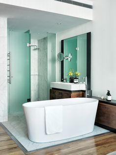 bathtub - wood floor | the old clare hotel