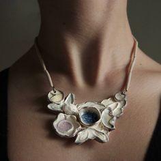 Náhrdelníky - náhrdelník, smotanová grácia - 5290896_