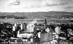 Final década de 40 - Vista parcial da cidade de São Paulo, com destaque para a…