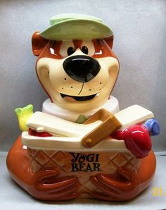 YOGI BEAR WITH PICNIC BASKET OF FOOD COOKIE JAR