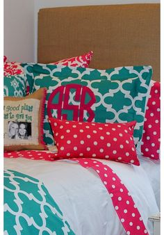 Design Ur Sham | Teen Girl Dorm Room Bedding select your fabric- hundreds of choices perfect for any bed! www.decor-2-ur-door.com