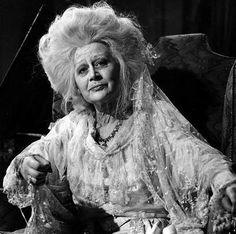 Martita Hunt as Miss Havisham in 'Great Expectations', 1946, directed by David Lean. S)