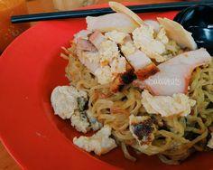 Drop by Tamparuli Town and having Tuaran Mee for breakfast at Kedai Kopi Lok Kyun Baru Tamparuli. Not sure it is Tamparuli mee or Tuaran mee