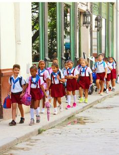 Pioneritos go to school in Havana or in any other city in Cuba