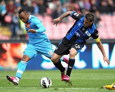 Napoli vs Atalanta Live Streaming Serie A Online   Napoli can not go wrong. The Azzurri will entrust to St. Paul where are unbeaten and have the best internal rate of return of the league with 14 wins and three draws to overcome Atalanta now save and confirm the two-point lead over Roma nell'importantissima struggle in second place leads to the direct Champions. The Sarri team must first do their duty but will enter the field after the Rome hoping for good news from Genoa: even with…