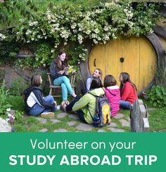 Have you thought of volunteering while studying abroad? No? Well here's why you should reconsider and some tips on how to volunteer on your study abroad trip. | Study abroad tips | Volunteer abroad | Volunteer idea